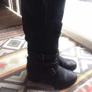 Shoes - Knee High Black Healed Boots 8